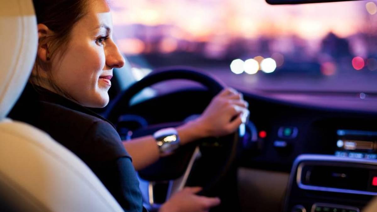 conheça 6 aplicativos para optar por mulheres motoristas