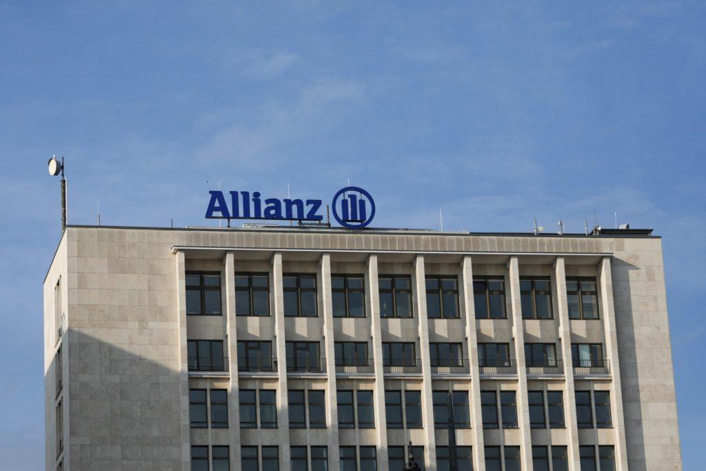 seguradora allianz compra dois setores da sulamérica
