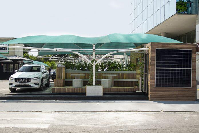 conheça o 1º estacionamento gratuito para carros híbridos e elétricos