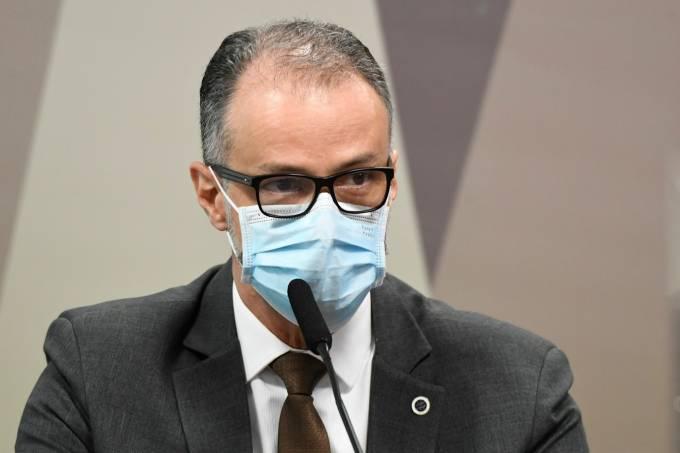anvisa diz que algumas vacinas demandarão terceira dose